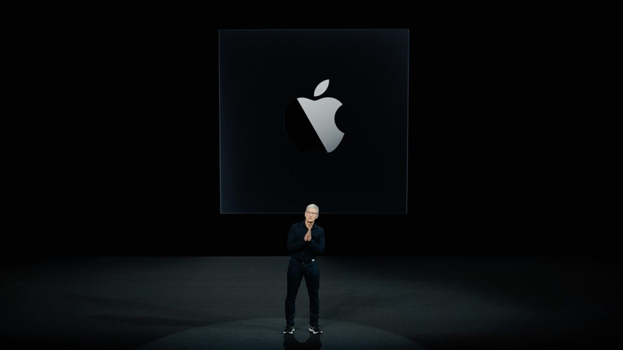 Apple: iPhone and iPad apps arrive on the Mac App Store; ARM programs