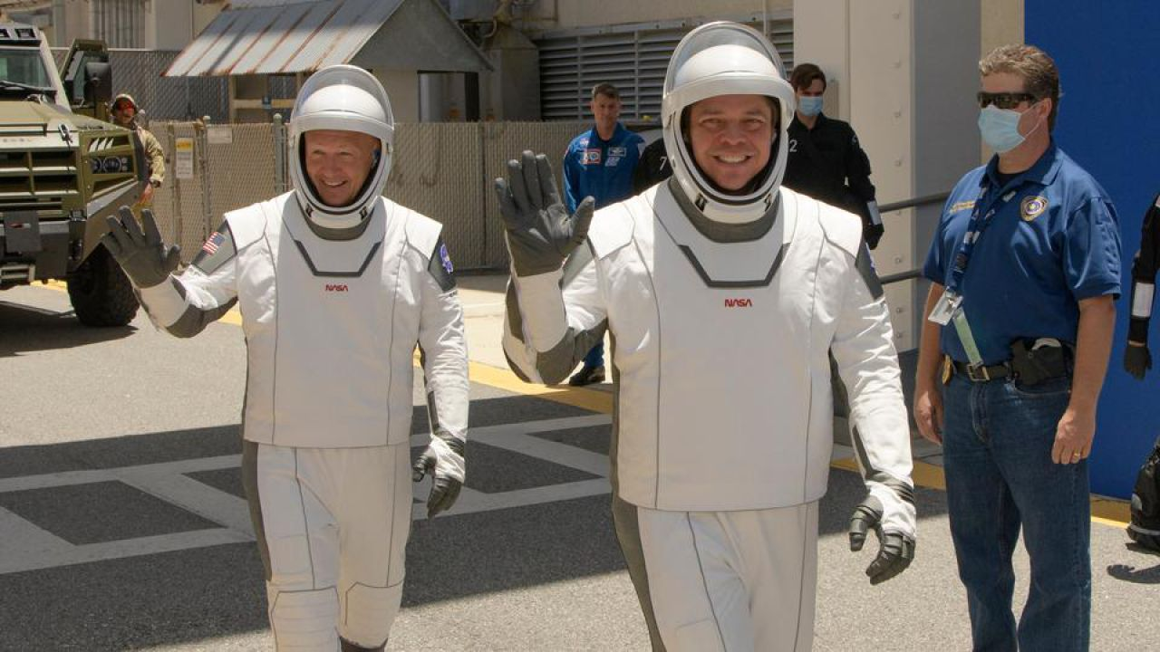 SpaceX space suits get a '5 star' rating from astronauts