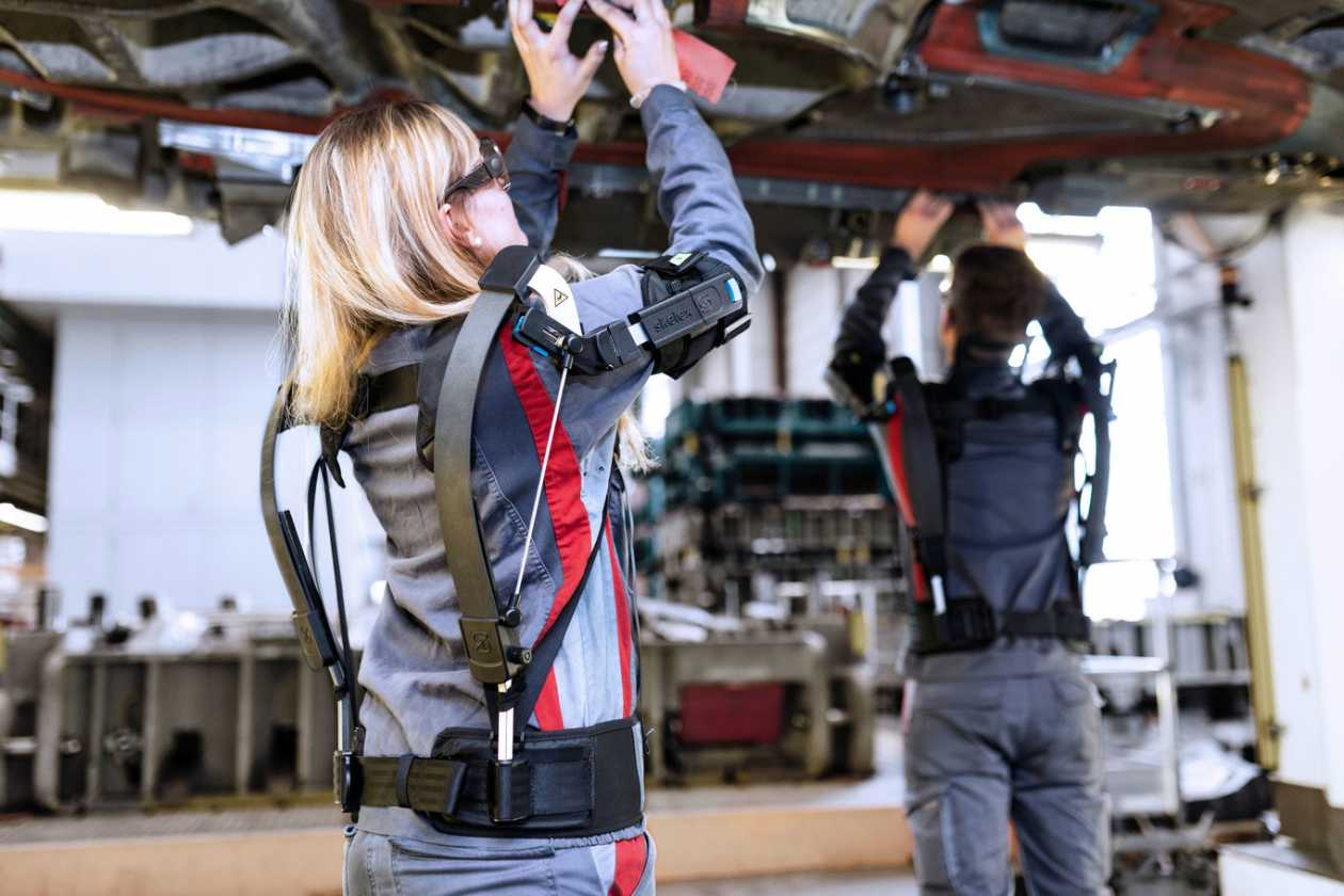 What (and how) are exoskeletons being used in Spanish factories
