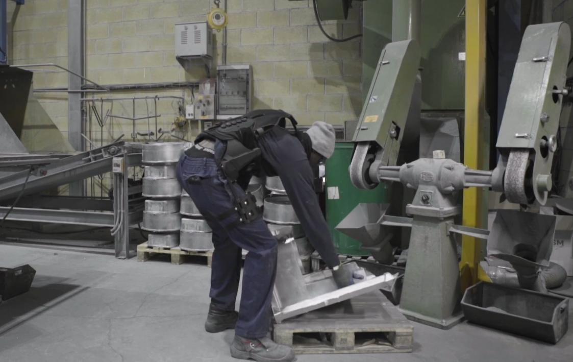 The mechanical exoskeleton