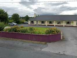 'They were left in the lurch' - a man whose mother is in a nursing home beaten by Covid-19