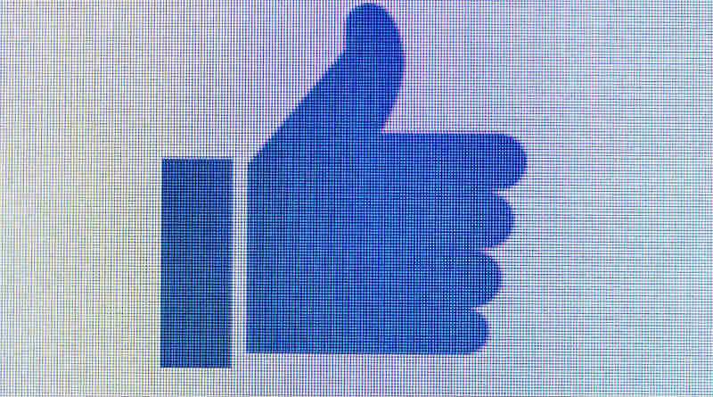 Facebook Like Gusta Encuesta.jpg