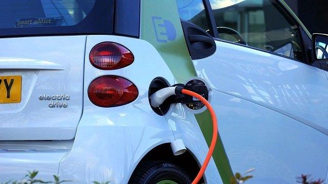 auto electrico.jpg