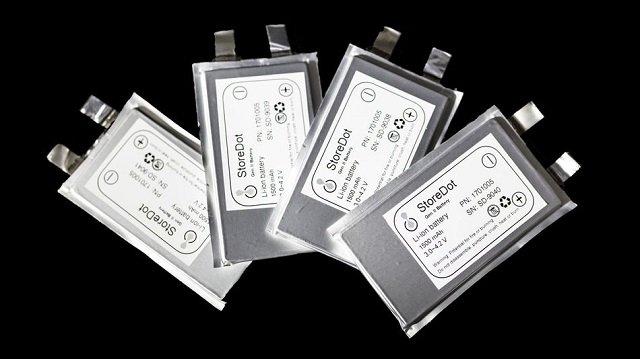 StoreDot Battery Set