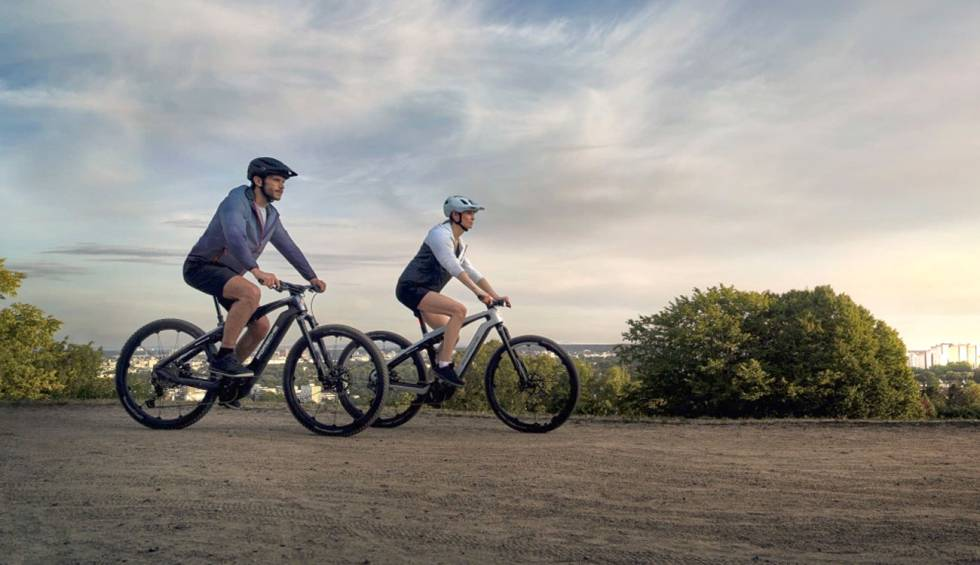 Porsche launches two new electric bikes in the heat of its Taycan models