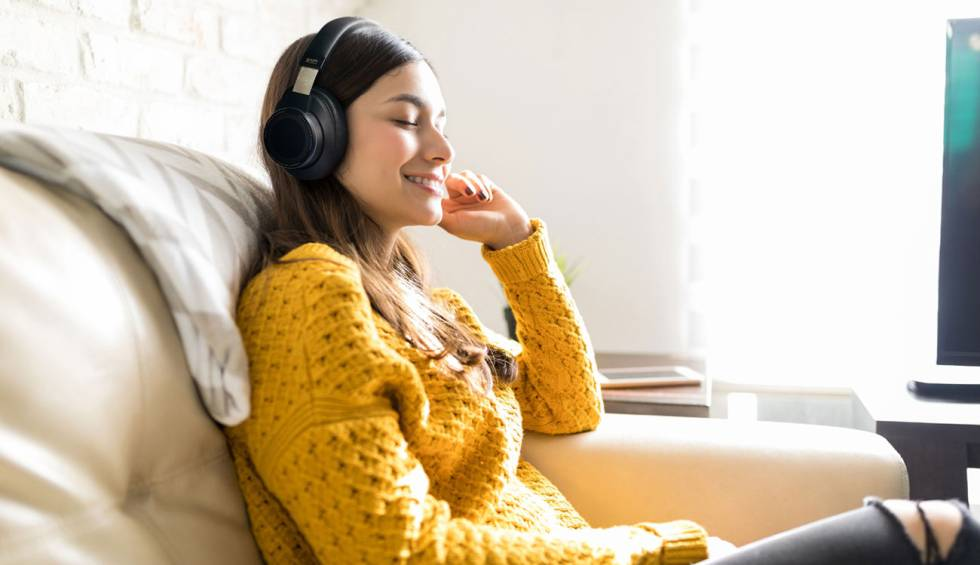 Creative SXFI Air Gamer, the perfect headphones for watching series, movies and more