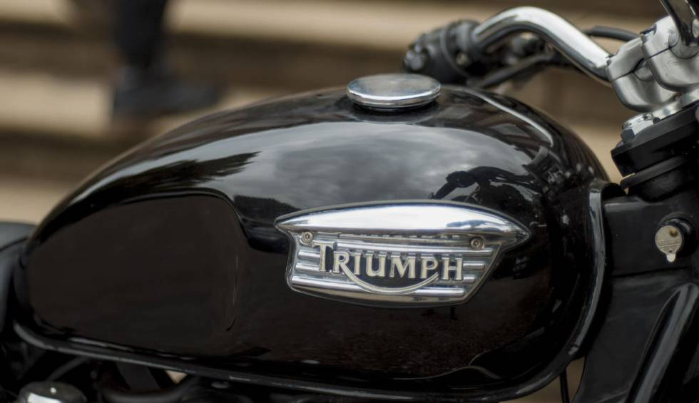 Triumph presents its first project of electric motorcycle with fast charge