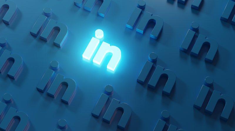 Linkedin light logo
